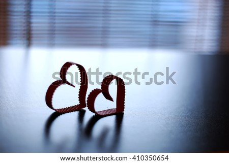 heart shape paper shadow