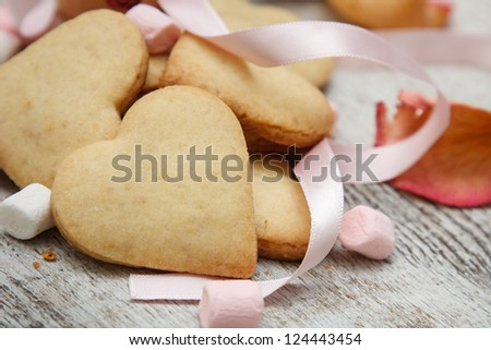 Heart shaped sugar cookies with marshmallows