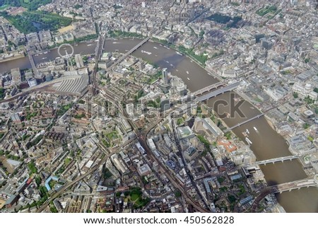 HEATHROW, ENGLAND -28 JUNE 2016- Aerial view of Central London and the Thames River in approach at London Heathrow International Airport (LHR).