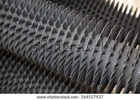 Heating metal heat sink in a factory