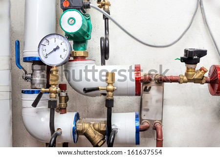 Heating pipes system with valves and counter