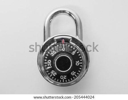 High security single dial stoplock combination padlock
