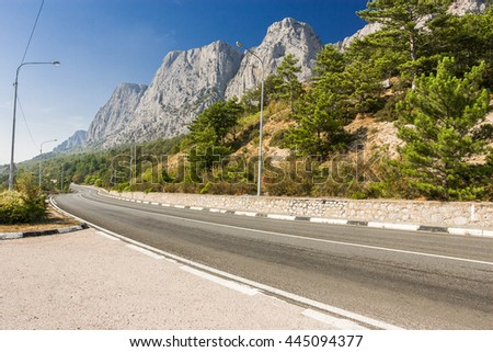 highway along the mountains