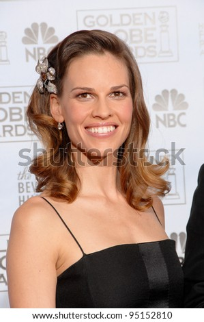 HILARY SWANK at the 64th Annual Golden Globe Awards at the Beverly Hilton Hotel. January 15, 2007 Beverly Hills, CA Picture: Paul Smith / Featureflash