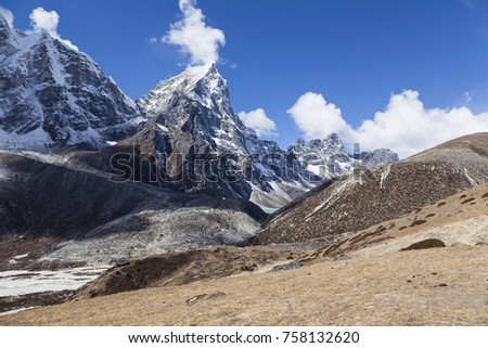 Himalayas, trekking in the high mountains