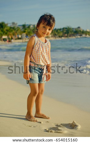 playa-del-carmen-beach-girls