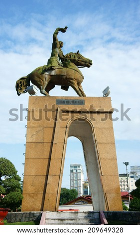 HO CHI MINH , VIETNAM- AUGUST 7 : Tran Nguyen Han statue locate at Quach Thi Trang traffic circle,  the ancient statue existed 1975  at center of city, Viet Nam, Aug 7, 2014