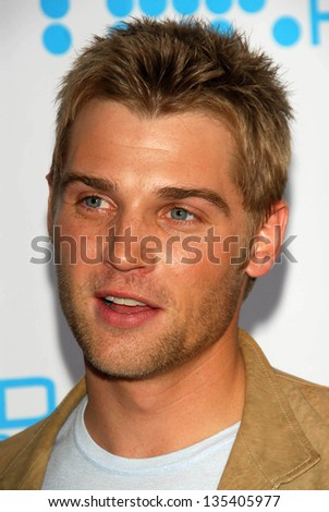 HOLLYWOOD - APRIL 30: Mike Vogel at Movieline's Hollywood Life 8th Annual Young Hollywood Awards at Henry Fonda Music Box Theater on April 30, 2006 in Hollywood, CA.
