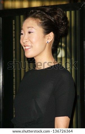 "HOLLYWOOD - APRIL 10: Sandra Oh at the Los Angeles Premiere of ""Hard Candy"" at DGA on April 10, 2006 in West Hollywood, CA."