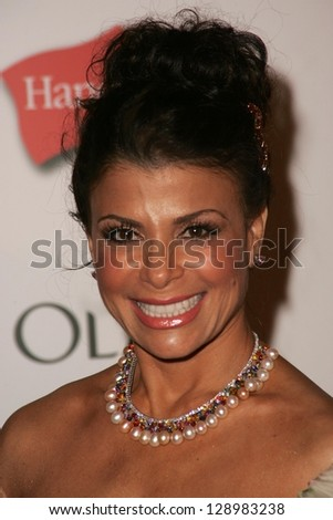 HOLLYWOOD - AUGUST 27: Paula Abdul at the TV Guide Emmy After Party at Social August 27, 2006 in Hollywood, CA.