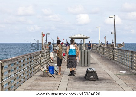 Hollywood beach stock images royalty free images for Hollywood florida fishing