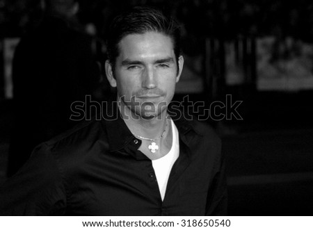 HOLLYWOOD, CA - NOVEMBER 16, 2004: Jim Caviezel at the Los Angeles premiere of 'Alexander' held at the Grauman's Chinese Theater in Hollywood, USA on November 16, 2004.