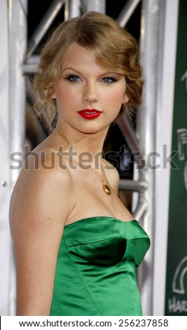 """HOLLYWOOD, USA - SEPTEMBER 13: Taylor Swift at the Los Angeles Premiere of """"Easy A"""" held at the Grauman's Chinese Theatre in Los Angeles, USA on September 13, 2010. - stock photo"""