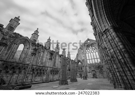 Holyrood Abbey in black and white