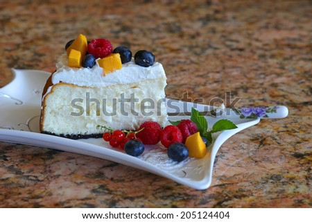 Homemade cheesecake with pudding and berries