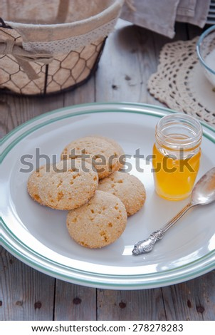 Homemade sugar cookies with honey