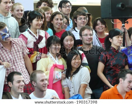randy students gather together