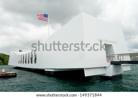 HONOLULU, HAWAII - SEPTEMBER 21 : USS Arizona Memorial in Pearl Harbor on September 21, 2011 in Honolulu, Hawaii. Resting place of 1,102 sailors killed during the attack on Pearl Harbor. - stock photo