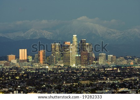 Horizontal image of the LA skyline and backdrop of the San Gabriel mountains
