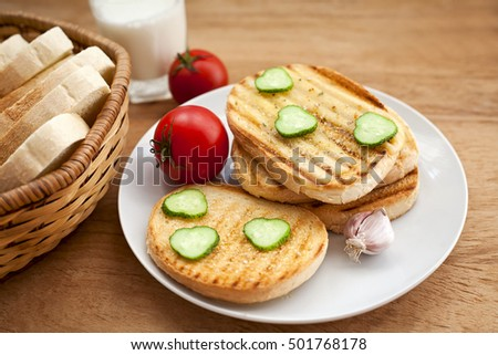 hot sandwich with vegetables