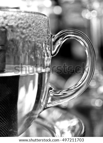 Hot tea glass beaker -  black and white