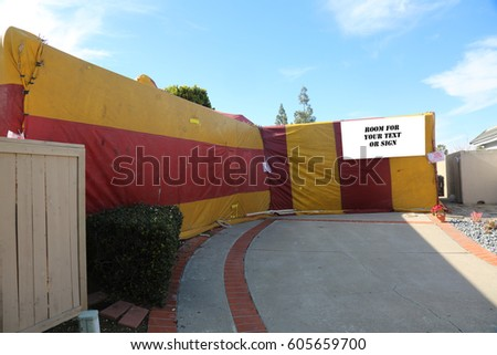 House tented for Termites and bugs. room for your text on blank white sign & Fumigation Tent Stock Images Royalty-Free Images u0026 Vectors ...