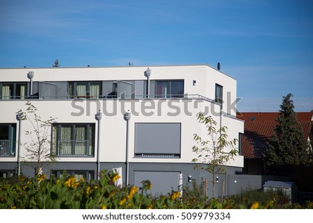 House with white facade, cubic shape, modern, Germany