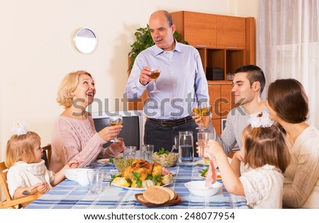 Housefather says toast in front of his positive family