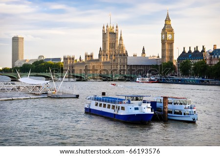 Houses Of Parliament, with boats in foreground, London - stock photo