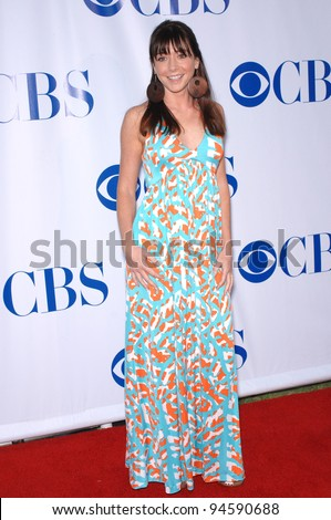 "How I Met Your Mother star Alyson Hannigan at the CBS Summer Press Tour ""Stars Party 2007"" on the Wadsworth Theatre Great Lawn. July 20, 2007  Los Angeles, CA Picture: Paul Smith / Featureflash"