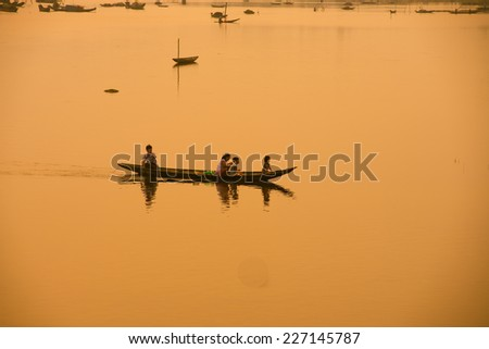 HUE, VIETNAM, MAY 2: Unidentified people on the boats in Pha Tam Giang lagoon on May 2, 2014 in Hue, Vietnam. Hue, a UNESCO World Heritage site.
