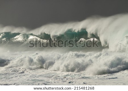 huge waves (La Palma)