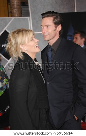 "HUGH JACKMAN & wife DEBORRAH-LEE FURNESS at the world premiere, in Hollywood, of his new movie ""The Prestige"". October 17, 2006  Los Angeles, CA Picture: Paul Smith / Featureflash - stock photo"