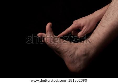 flight flexion of the thumb jpg 1080x810