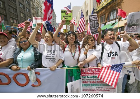 Hundreds of thousands of immigrants participate in march for Immigrants and Mexicans protesting against Illegal Immigration reform by U.S. Congress, Los Angeles, CA, May 1, 2006 - stock photo
