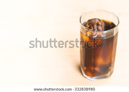 Iced cola glass - selectiv focus point
