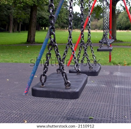Idle swings in park