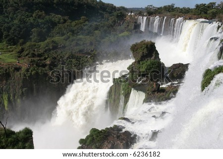 Iguazu falls captured from the Argentinian side