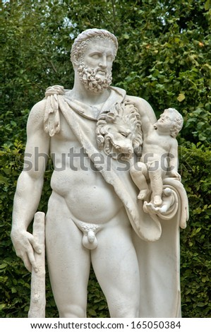 Ile de France, statue in the Versailles Palace park