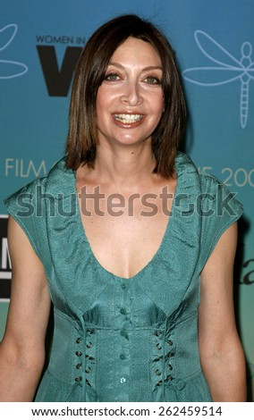 Illeana Douglas attends Women In Film Presents The 2007 Crystal and Lucy Awards held at the Beverly Hilton Hotel in Beverly Hills, California, California, on June 14, 2006.  - stock photo