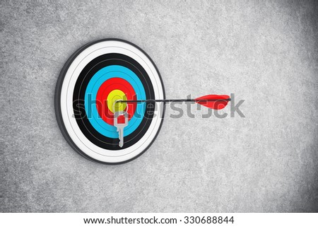 Illustration of the round target with a house key in the centre