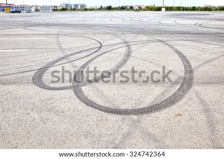 Imprints of tires from the sharp braking of car