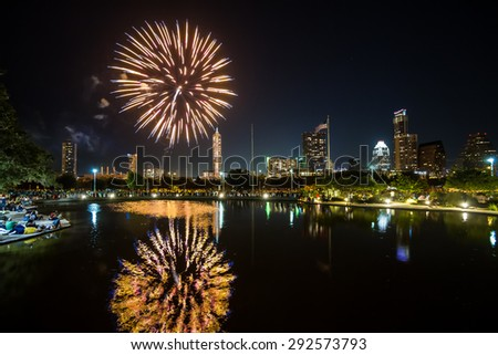 Independence Day fireworks in Austin, Texas, USA at Auditorium Shores.