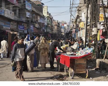 INDIA, Delhi; 21 january 2007, indian people and at the Uttar Pradesh market - EDITORIAL - stock photo