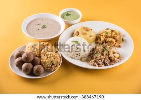 Indian fasting recipes navratri vrat food imagen de archivo stock indian fasting recipes navratri vrat food mahashivratri food ekadashi food recipe upwas forumfinder Choice Image