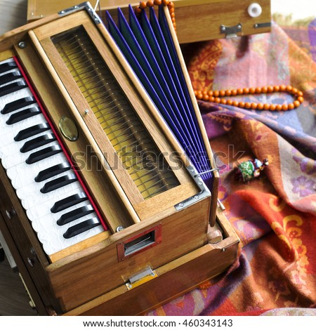 Learn Hindustani, Carnatic and Musical Instruments Online