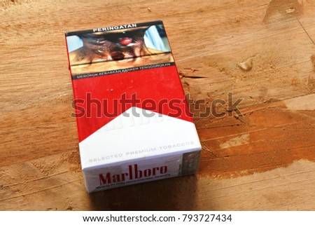 Cheap cigarettes Marlboro cartons United Kingdom
