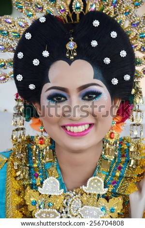 Indonesian bride were dressed in traditional bugisnese costume