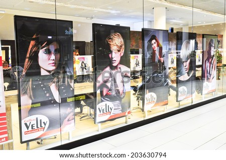 Beauty salon exterior stock images royalty free images for Beauty salon exterior design