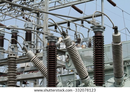 Insulation and Circuit breaker in power plant